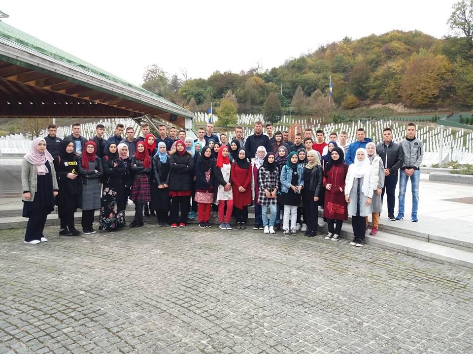 Posjeta Srebrenici I Memorijalnom Centru U Potočarima